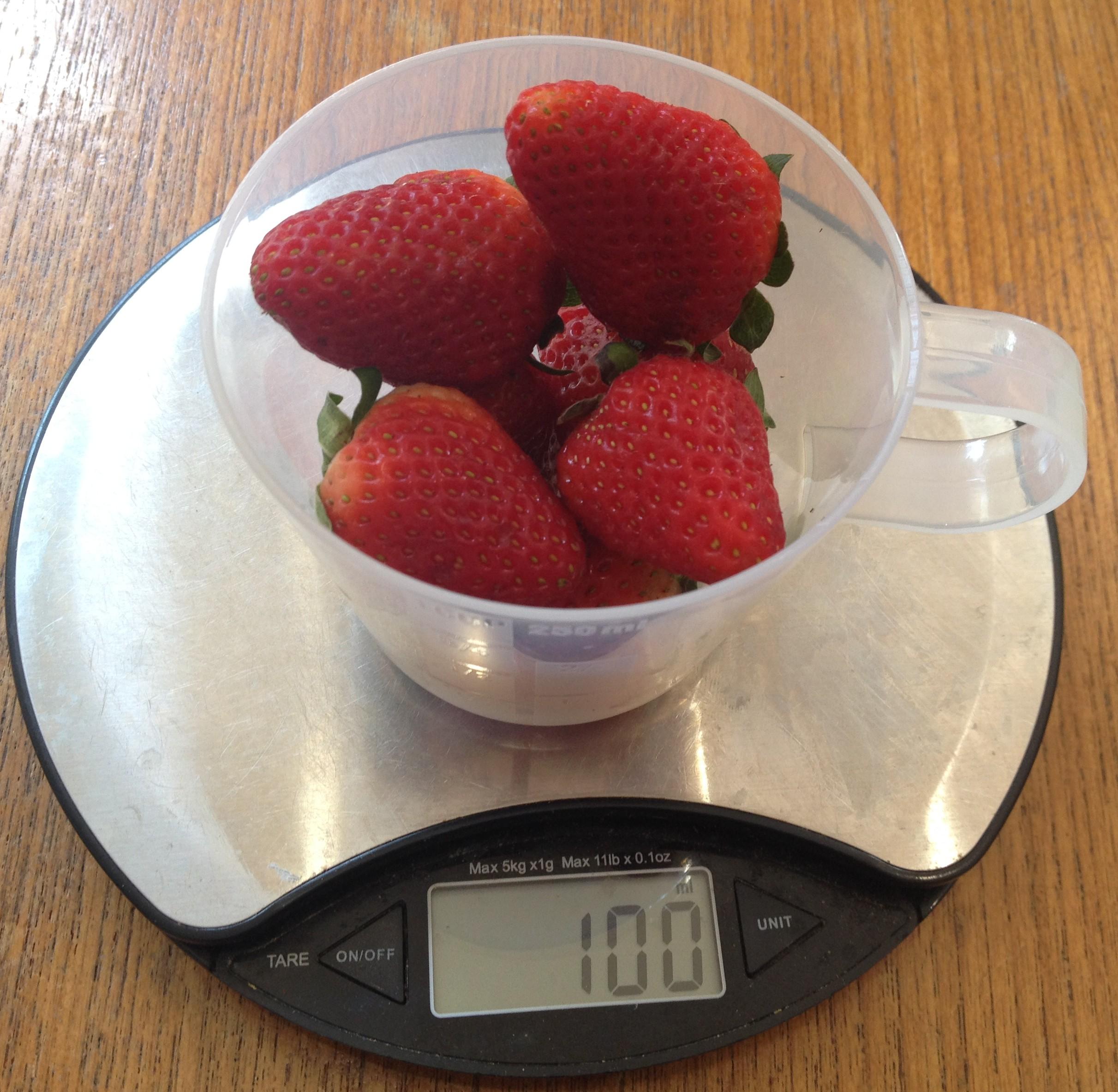 ... strawberries 100g